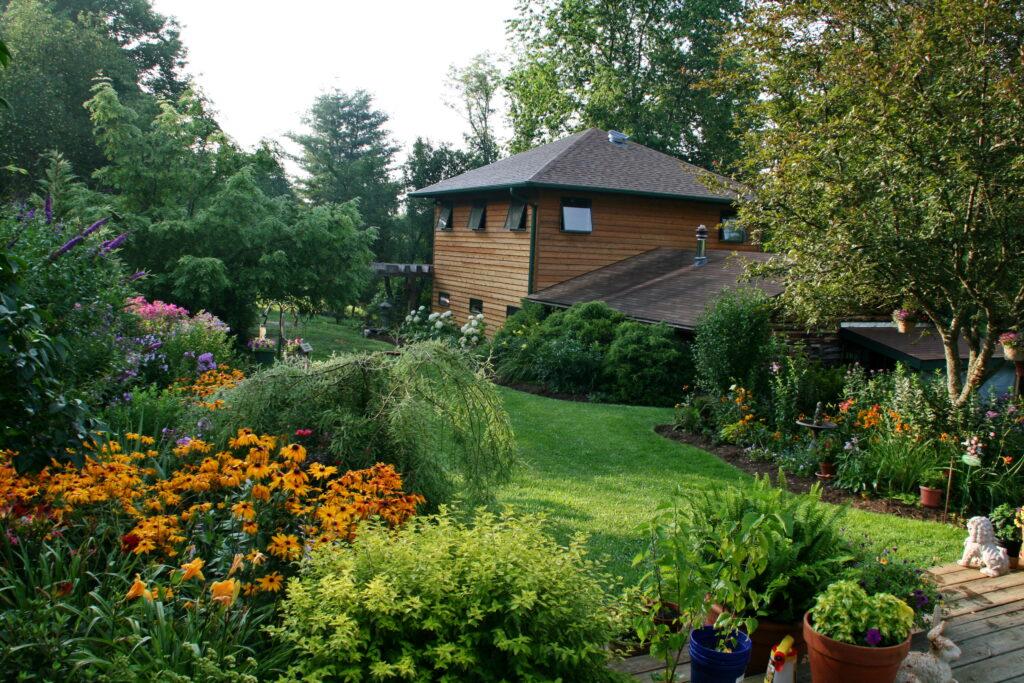 Exterior view of the sleepy fox inn and spa
